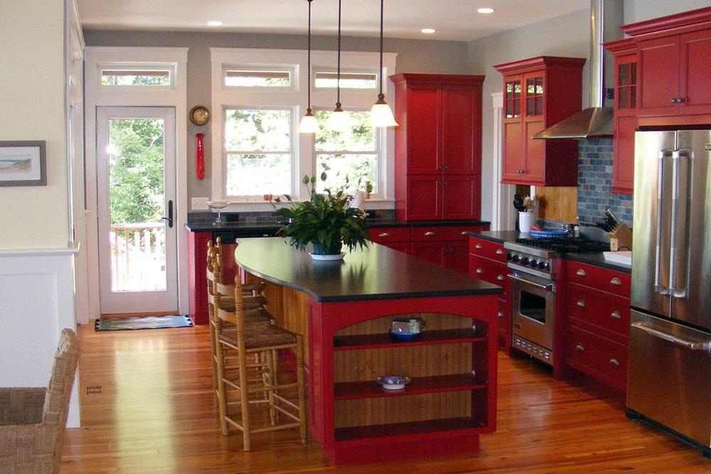 Cusstom kitchen red